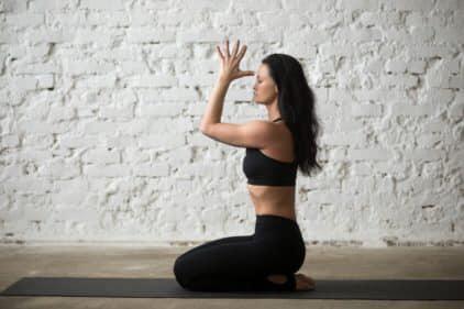 Vajrâsana posture yoga posture de la foudre digestion