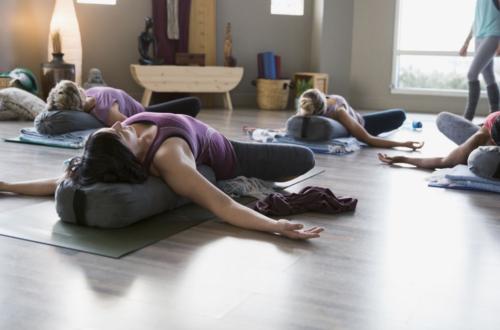 yoga regles endometriose