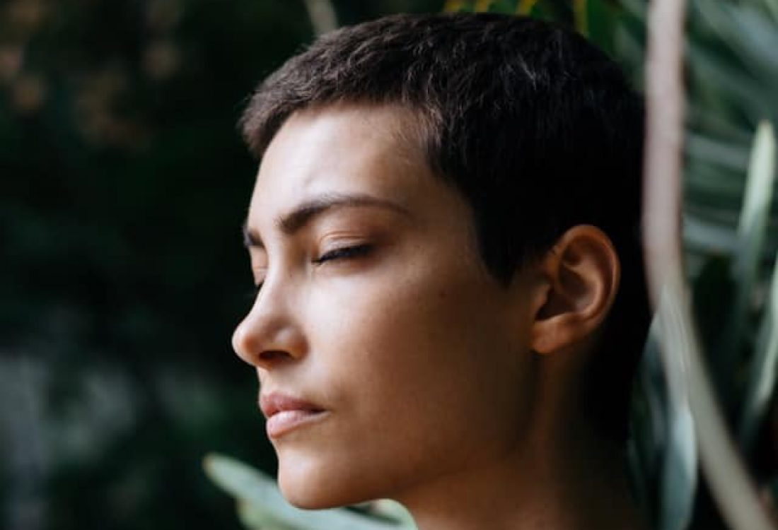 méditation calmer douleurs endométriose naturellement